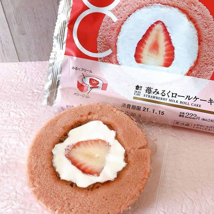 苺みるくロールケーキのパッケージと苺みるくロールケーキ